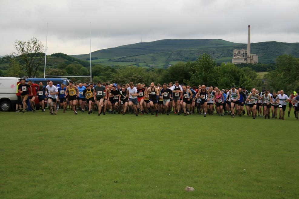 Castleton Fell Race 2009 004